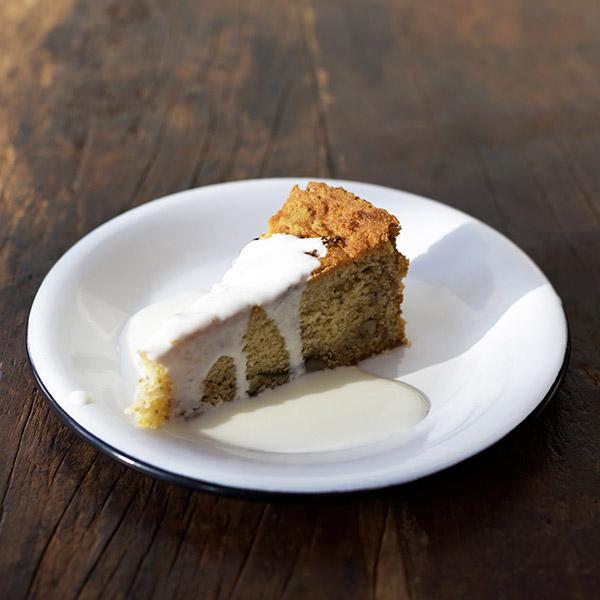 Fig or peach cake (seasonal)