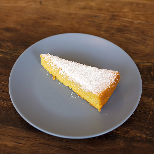 Gluten and lactose free cake