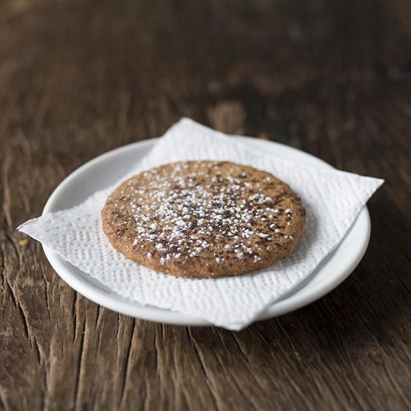 Tahini and cinnamon biscuit